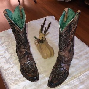 Leather corral boots